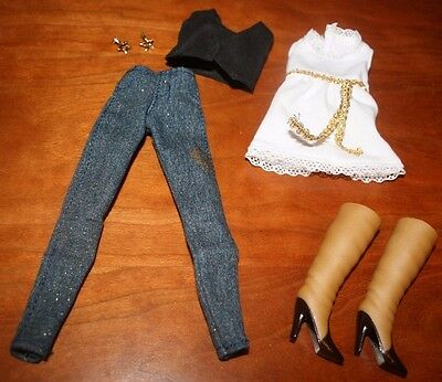 TAYLOR SWIFT DOLL FASHION COLLECTION MAGAZINE COVER  OUTFIT - 7 pieces