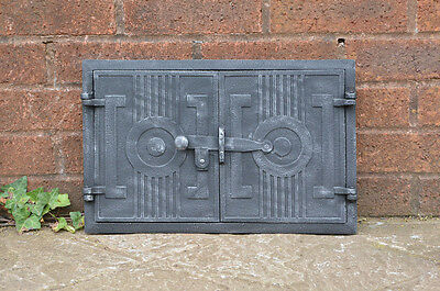 42 x 27 cm old cast iron fire bread oven door doors flue clay range pizza