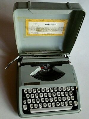 Vtg 1960's HERMES BABY Green Portable Typewriter w/ Case-Works! from London!