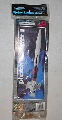 Made in USA Estes PHOTON DISRUPTOR II Flying Model Rocket #2052