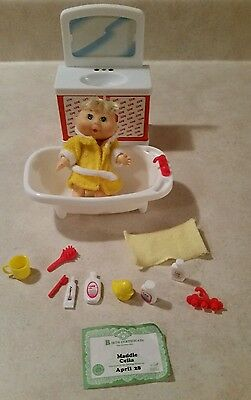 1997 Cabbage Patch Kids Collectible Bathtime PlaySet