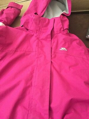 Trespass girls waterproof and Wind proof coat Age 7-8 Hot Pink Lovely Coat