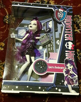 Spectra Vondergeist - Ghouls Night Out - Monster High Fashion Doll