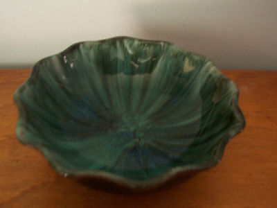 Small Scalloped Edge Blue Mountain Pottery Candy/nut Dish