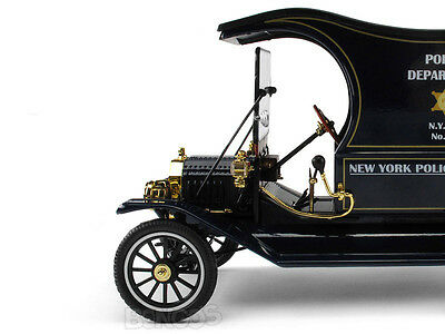 """1917 Ford Model T """"NYC Police"""" 1:18 Scale Diecast Model"""