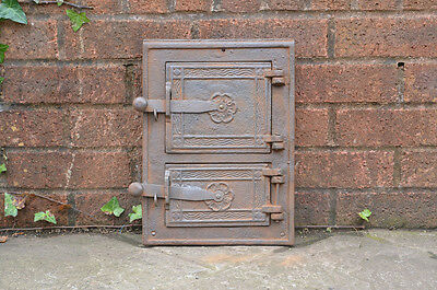 25.1 x 34.2 cm old cast iron fire /bread oven door/doors furnace pizza