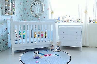 Cot Crib Toddler Bed Cot Bed Change table with Inner Spring Mattress