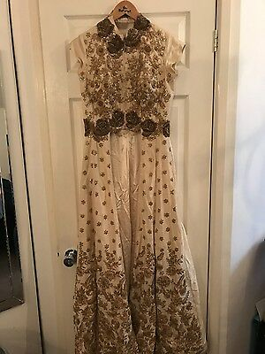 lengha, sabyasachi, bollywood, bridal, wedding dress, indian