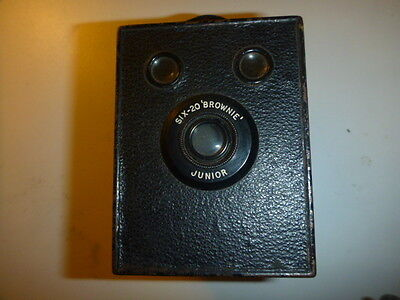 Kodak Six-20 Brownie Junior Box Camera