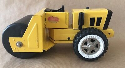 Vintage 70s Metal Die Cast Tonka Paver/Roller Truck.XR 101 Very Good Condition.