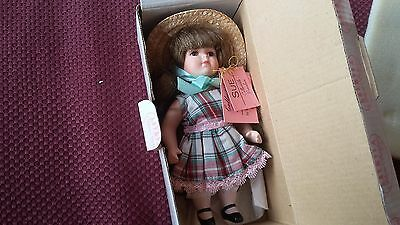 Show-Stoppers Porcelain Doll Sue E708