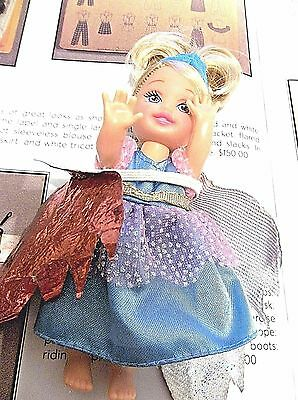 MATTEL KELLY DOLL PRINCESS ISLAND DRESSED WITH MAGNETIC FEET Tiara Wings VGC