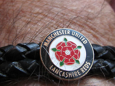 "Quality Manchester United Braided Wristband with Stainless Steel. 8.25"" / 210 cm"