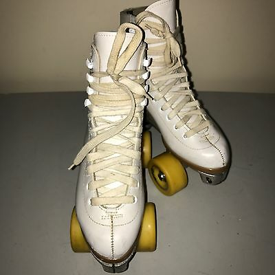 Riedell Woman's 4 #112W White Roller Skates Sure Grip Plate Fame Wheels