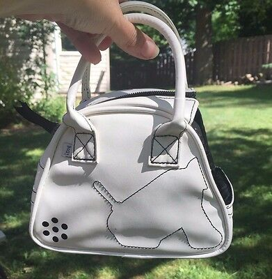 Hasbro I- Dog White Carrier Case Purse + Green SKI Winter Outfit