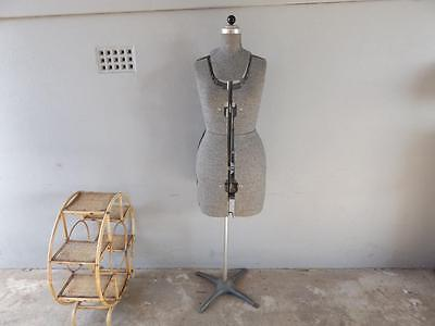 Vintage Old Dress Makers Dummy Mannequin - Antique In Good Condition Tailor