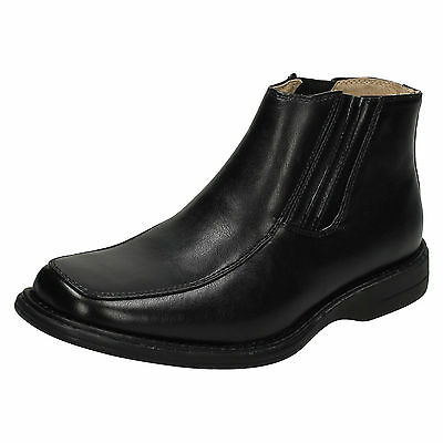 WHOLESALE Mens Boots / Sizes 7x11 / 14 Pairs / MAV28