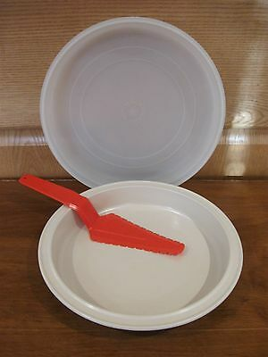 TUPPERWARE 2 pc Ultra 21 quiche pan with sheer seal and red serving utensil