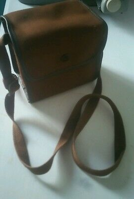 Genuine old vintage camera & bag unsure if / how it works brownie six 20 model C