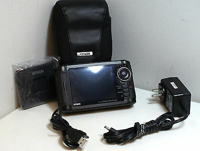 Epson P-7000 Multimedia Photo Viewer W/ Case / stand / charger / USB Cord