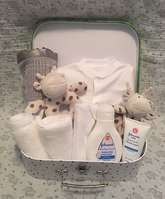 DELUXE Baby gift basket/hamper boy girl unisex neutral baby shower nappy cake UK