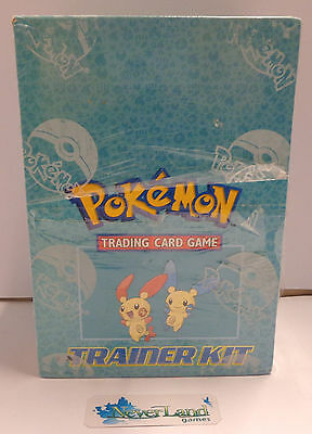 Play Gioco Game Box Pokemon Inglese Nuovo New Sealed Mazzi 8 Deck - TRAINER KIT