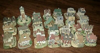Lot of 26 LIBERTY FALLS AMERICANA COLLECTION MINIATURES bell tower city hall