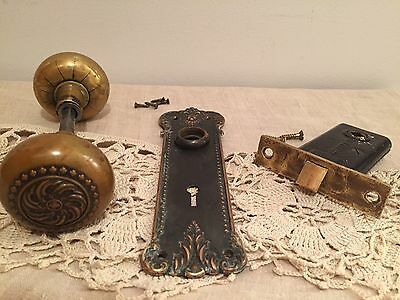 VICTORIAN EASTLAKE ORNATE BRASS DOOR KNOBS WITH PLATE AND SARGENT & Co LOCK~NICE