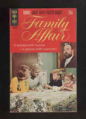 1970 1st  ISSUE FAMILY AFFAIR  TV GOLD KEY  COMIC BOOK  W/POSTER ATTACHED