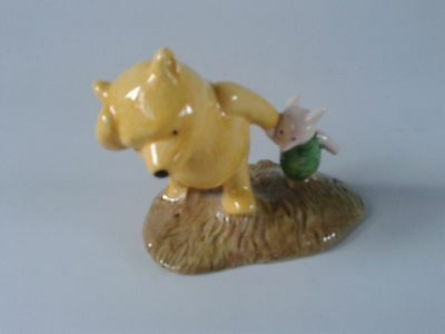 "Royal Doulton Winnie the Pooh ""Pooh and Piglet the windy day"" WP2"
