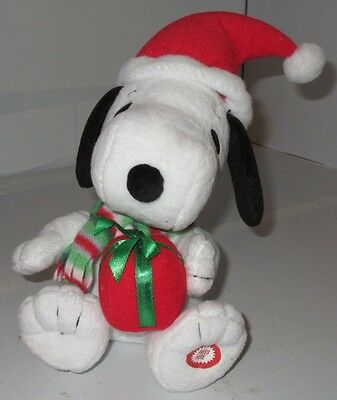 Peanuts Holiday Snoopy Charlie Brown Stuffed Plush Musical Dancing Dog Used Toy