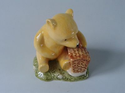 "Royal Doulton Winnie the Pooh ""Pooh and the fair sized Basket"" WP19"