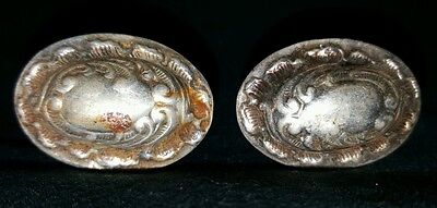 PAIR OF WHITE METAL CANE TOPS / CARTOUCHE 's