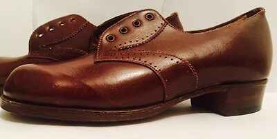 1940s UTILITY CC41 GIRLS LEATHER LACE UP SHOES SIZE 1 NEW UNWORN VINTAGE LEATHER