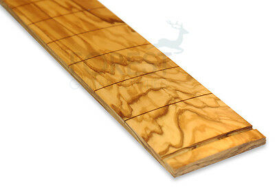 "Fender olive wood fretboard, 25.5"" Fender ®, slotted compound radius (10-16"")"