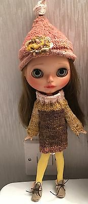 Blythe Doll Outfit - Hand Knitted Jumper Dress And Matching Hat