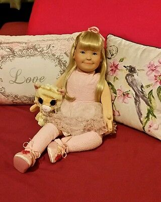 *Beautiful Kathe Kruse Lolle Doll* Made in Germany