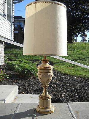Vintage Stiffel Hollywood Regency Torchiere Urn Brass Table Lamp