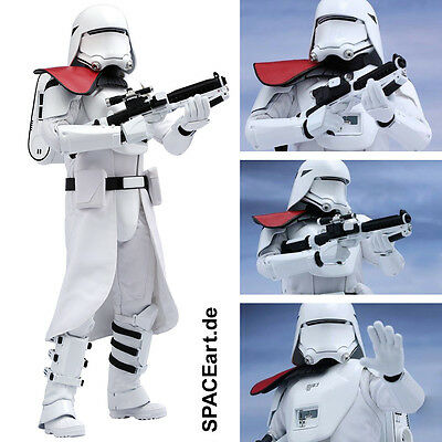Star Wars: First Order Snowtrooper Officer | Deluxe-Figur (beweglich) | Hot Toys