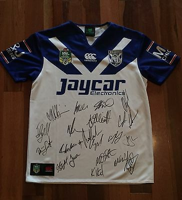 2016 Signed Canterbury Bulldogs Nrl Home Jersey Size Large.