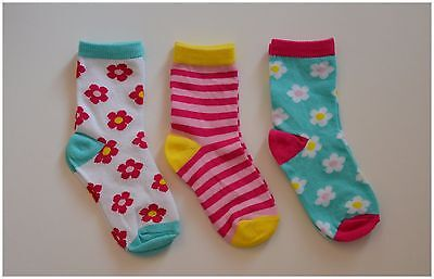 Girls Pack Of 3 Pairs Cotton Rich Ankle Socks Flowers & Stripes 12.5-3.5  31-36