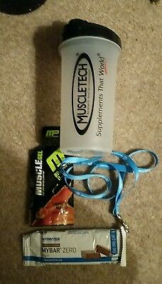 Muscletech Shaker Bottle with whisk 700ml -  Easy Blending + 2 samples + lanyard