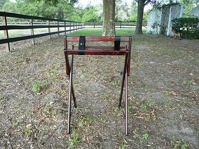 Saddle Stand Saddle Cleaner cherry/silver