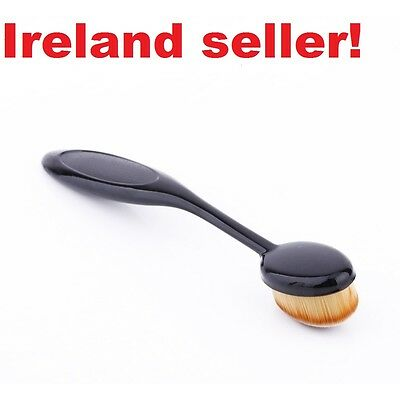 Brand NEW Pro oval Make-up brush for liquid foundation blush powder