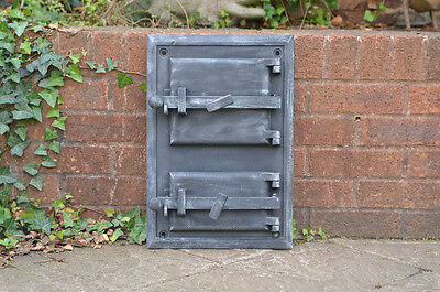 32.7 x 48.3 cm old cast iron fire / bread oven door/doors /flue/clay/range pizza