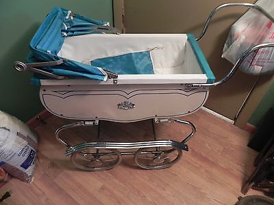 Vintage Coronet Baby Doll buggy Carriage Pram