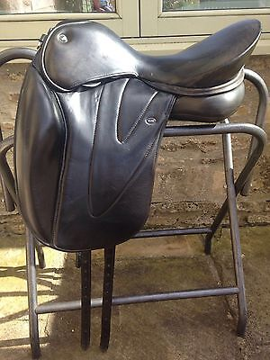 WOW Horse Riding Dressage Saddle