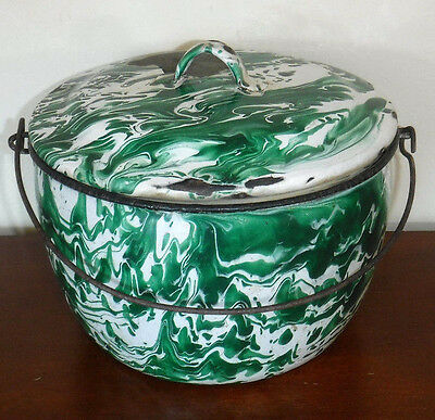 Green & White Swirl Enamelware Pot W/handle And Lid Antique Vintage