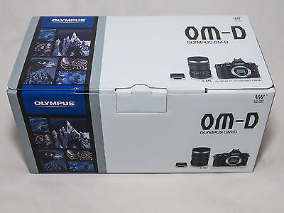 Olympus OM-D EM-5 Camera Box,Manual & Olympus Photo Viewer 2 Software Suite Only