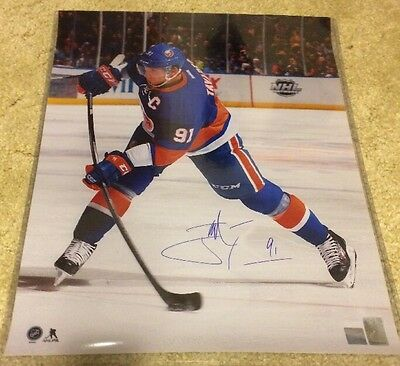 16 X 20 John Tavares NY Islanders Signed Photo Auto COA-Holo Frameworth
